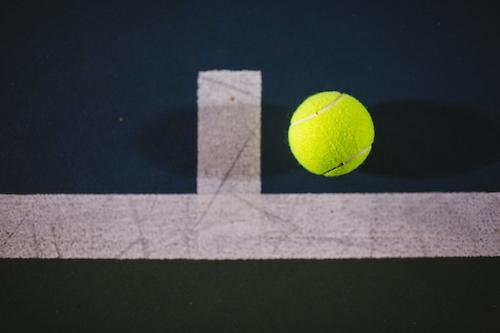 Tennis line ball